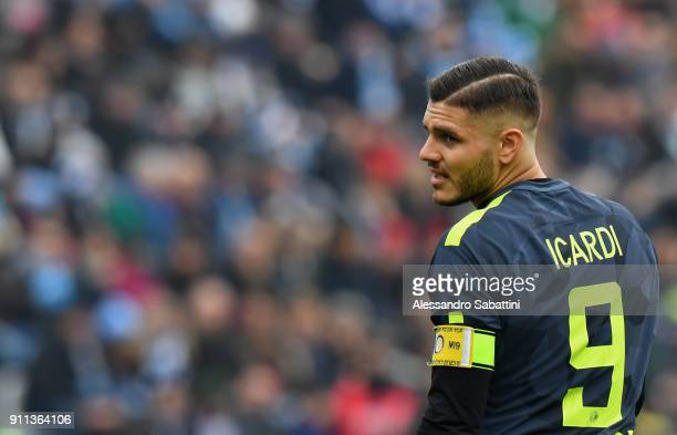 Mauro Emanuel Icardi of FC Internazionale looks on during the serie A match between Spal and FC Internazionale at Stadio Paolo Mazza on January 28...