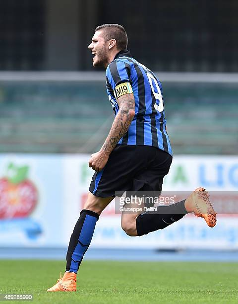 Mauro Emanuel Icardi of FC Internazionale Milano celebrates after scoring the opening goal during the Serie A match between AC Chievo Verona and FC...