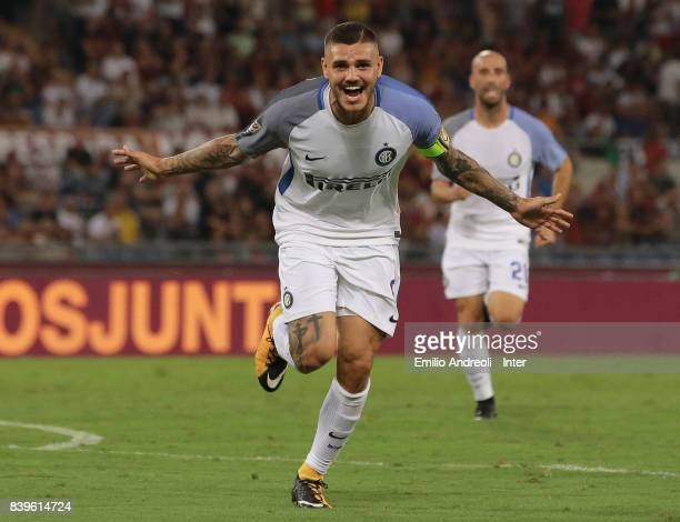 Mauro Emanuel Icardi of FC Internazionale Milano celebrates his second goal during the Serie A match between AS Roma and FC Internazionale on August...