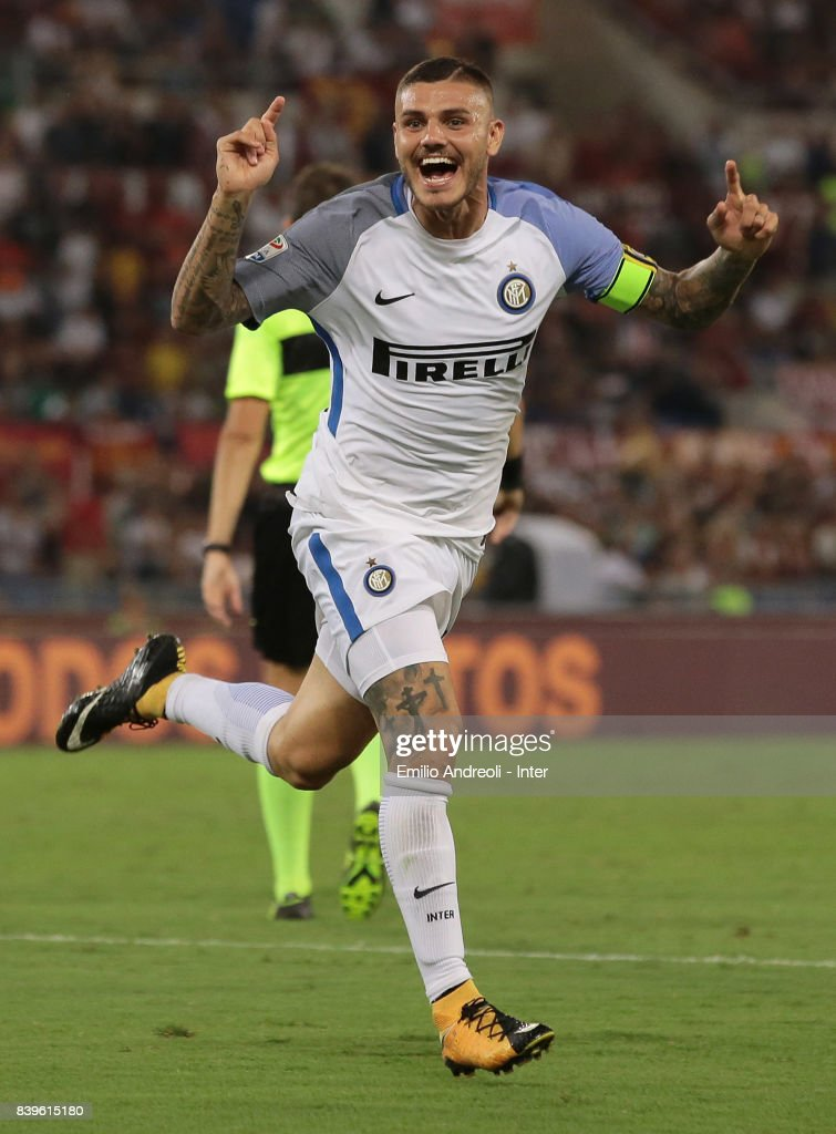 Mauro Emanuel Icardi of FC Internazionale Milano celebrates his second goal during the Serie A match between AS Roma and FC Internazionale on August 26, 2017 in Rome, Italy.