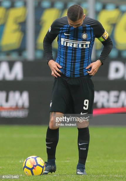 Mauro Emanuel Icardi of FC Internazionale Milano reacts during the Serie A match between FC Internazionale and Torino FC at Stadio Giuseppe Meazza on...