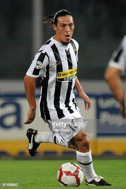 Mauro German Camoranesi of Juventus in action during the Serie A match played between US Citta di Palermo and Juventus FC at Stadio Renzo Barbera on...