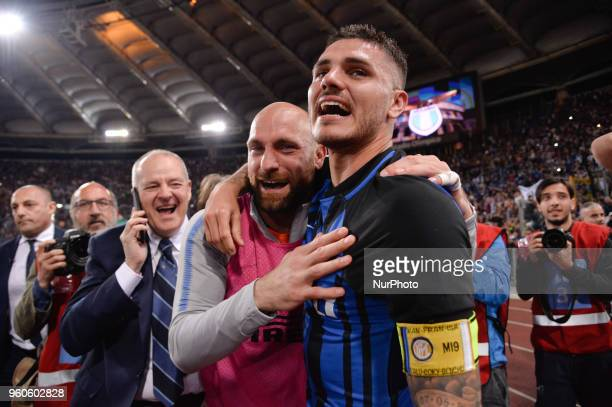 Mauro Icardi celebrates the victory after the Italian Serie A football match between SS Lazio and FC Inter at the Olympic Stadium in Rome on may 20...