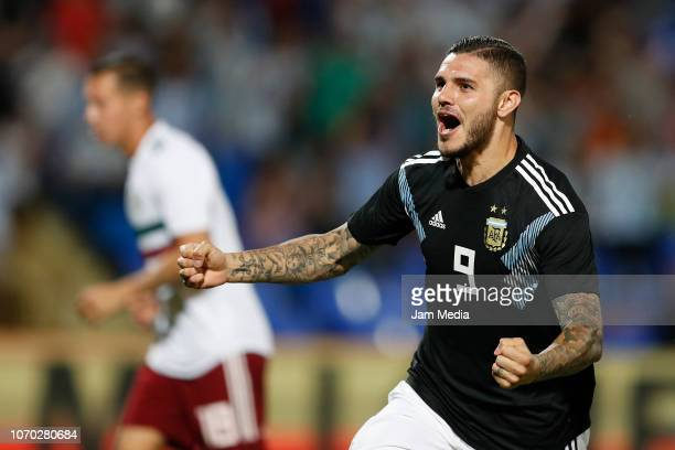 Mauro Icardi of Argentina celebrates after scoring the fist goal of his team during a friendly match between Argentina and Mexico at Malvinas...