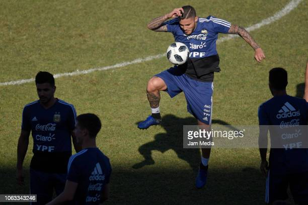 Mauro Icardi of Argentina controls the ball during a training session ahead of the international friendly match against Mexico on November 18 2018 in...