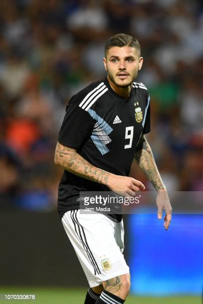 Mauro Icardi of Argentina looks on during a friendly match between Argentina and Mexico at Malvinas Argentinas Stadium on November 20 2018 in Mendoza...