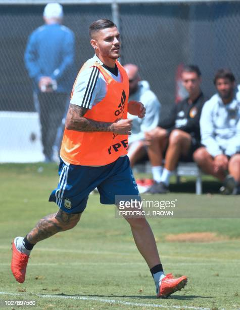 Mauro Icardi of Argentina runs during a training session in Carson California on September 6 ahead of the international soccer friendly between...