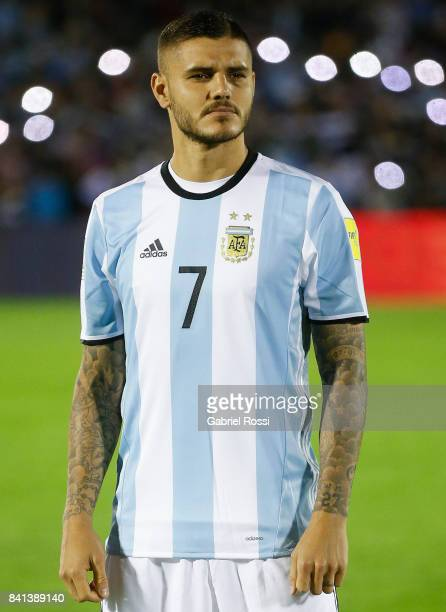 Mauro Icardi of Argentina stands for the National Anthem prior a match between Uruguay and Argentina as part of FIFA 2018 World Cup Qualifiers at...