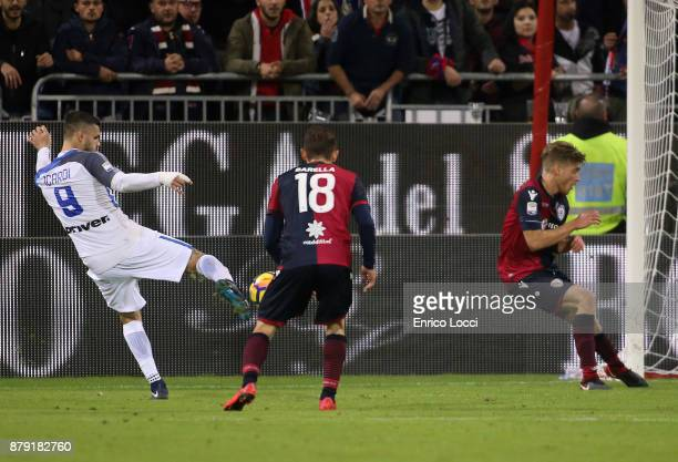 Mauro Icardi of Cagliari scores his goal 13 during the Serie A match between Cagliari Calcio and FC Internazionale at Stadio Sant'Elia on November 25...