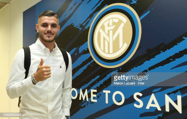 Mauro Icardi of FC Internazionale arrives prior to the serie A match between FC Internazionale and Parma Calcio at Stadio Giuseppe Meazza on...