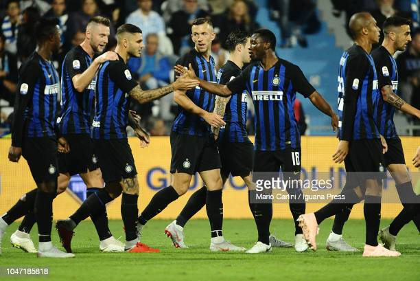 Mauro Icardi of FC Internazionale celebrates after scoring the opening goal during the Serie A match between SPAL and FC Internazionale at Stadio...