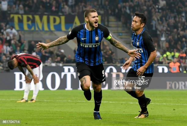 Mauro Icardi of FC Internazionale celebrates after scoring the goal during the Serie A match between FC Internazionale and AC Milan at Stadio...