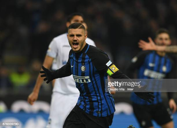 Mauro Icardi of FC Internazionale celebrates after scoring the opening goal during the Serie A match between FC Internazionale and Atalanta BC at...