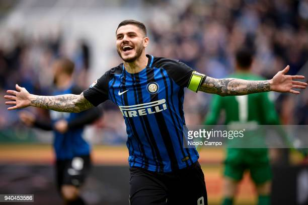Mauro Icardi of FC Internazionale celebrates after scoring the opening goal during the Serie A football match between FC Internazionale and Hellas...