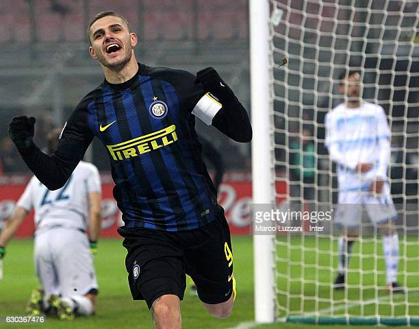 Mauro Icardi of FC Internazionale celebrates after scoring the second goal during the Serie A match between FC Internazionale and SS Lazio at Stadio...