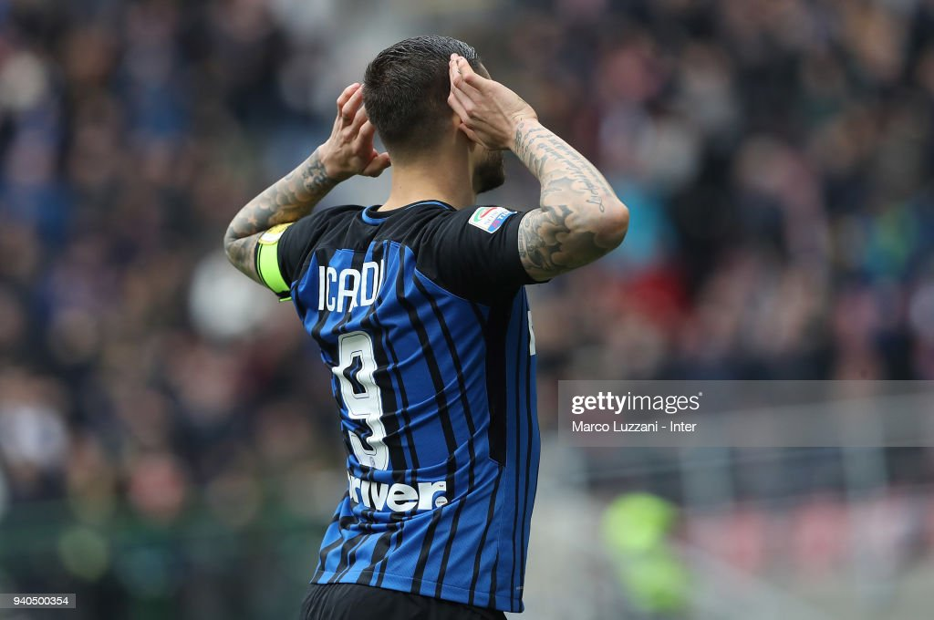 Mauro Icardi of FC Internazionale celebrates after scoring the third goal during the serie A match between FC Internazionale and Hellas Verona FC at Stadio Giuseppe Meazza on March 31, 2018 in Milan, Italy.