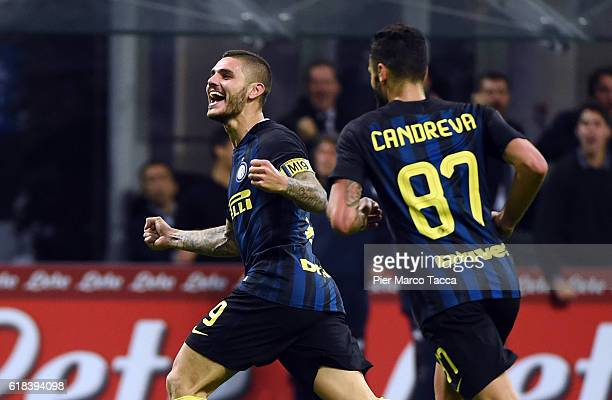 Mauro Icardi of FC Internazionale celebrates his second goal during the Serie A match between FC Internazionale and FC Torino at Stadio Giuseppe...