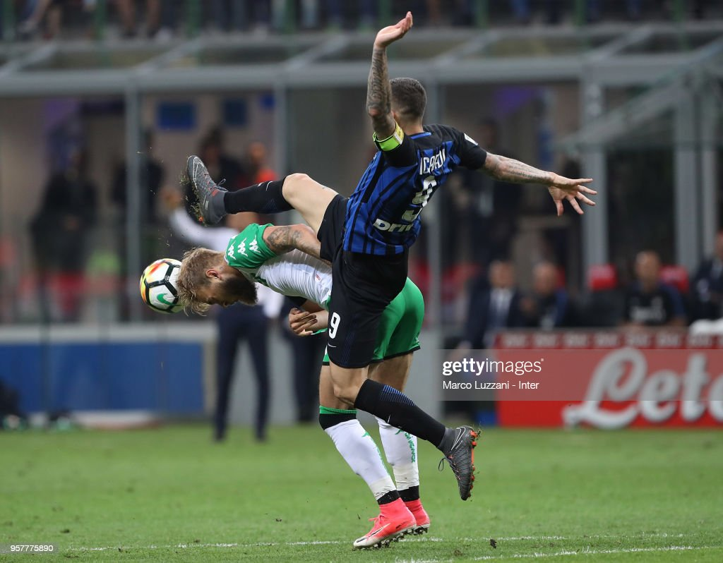 Mauro Icardi of FC Internazionale in action during the serie A match between FC Internazionale and US Sassuolo at Stadio Giuseppe Meazza on May 12, 2018 in Milan, Italy.
