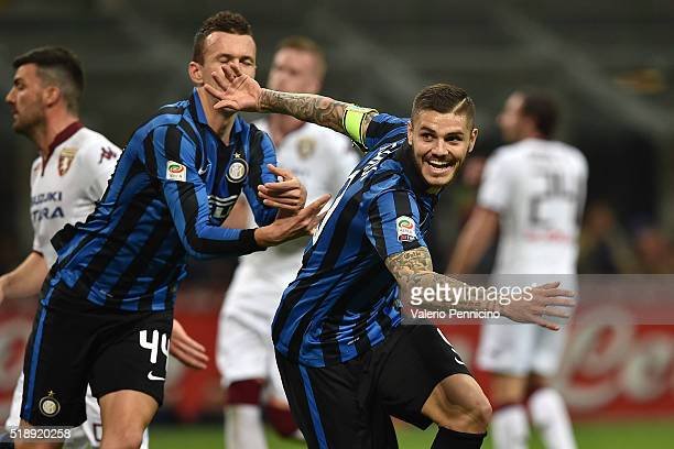 Mauro Icardi of FC Internazionale Milano celebrates after scoring the opening goal from the penalty spot during the Serie A match between FC...