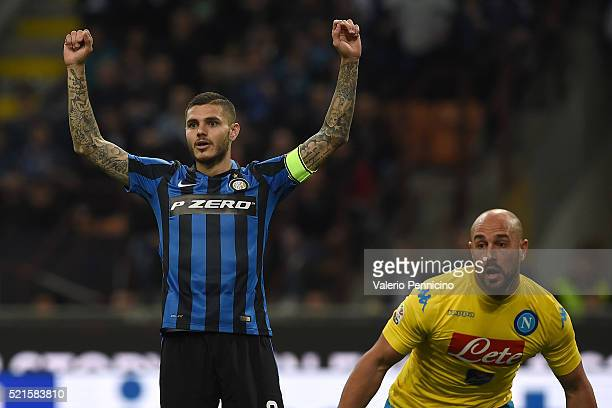 Mauro Icardi of FC Internazionale Milano celebrates after scoring the opening goal during the Serie A match between FC Internazionale Milano and SSC...