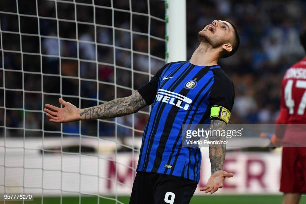 Mauro Icardi of FC Internazionale reacts during the Serie A match between FC Internazionale and US Sassuolo at Stadio Giuseppe Meazza on May 12 2018...