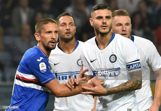 Mauro Icardi of Inter and Gaston Ramirez of Sampdoria during the serie A match between UC Sampdoria and FC Internazionale at Stadio Luigi Ferraris on...
