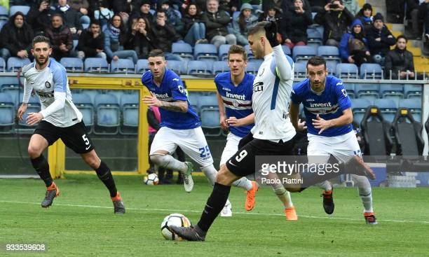 Mauro Icardi of Inter penalty 20 during the serie A match between UC Sampdoria and FC Internazionale at Stadio Luigi Ferraris on March 18 2018 in...