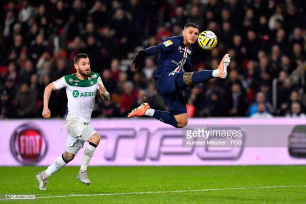 Mauro Icardi of Paris Saint-Germain controls the ball during the Ligue Cup quarter final match between Paris Saint-Germain and Saint Etienne ASSE at...