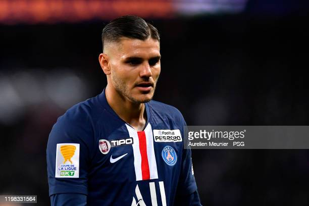 Mauro Icardi of Paris Saint-Germain looks on during the Ligue Cup quarter final match between Paris Saint-Germain and Saint Etienne ASSE at Parc des...