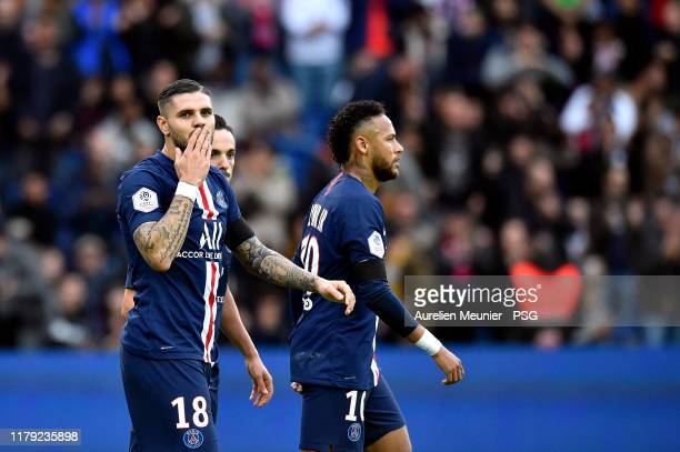 Mauro Icardi of Paris SaintGermain reacts after scoring during the Ligue 1 match between Paris SaintGermain and Angers SCO at Parc des Princes on...