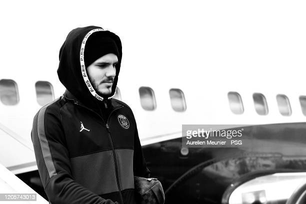 Mauro Icardi of Paris SaintGermain walks out of the plane as the team arrive to Dijon for the French Cup match between Dijon and Paris at Stade...