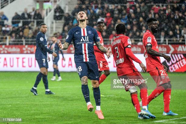 Mauro ICARDI of PSG looks dejected during the Ligue 1 match between Dijon and Paris Saint Germain on November 1 2019 in Dijon France