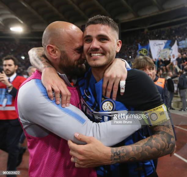 Mauro Icardi with Tommaso Berni of FC Internazionale celebrates the victory after the Serie A match between SS Lazio and FC Internazionale at Stadio...