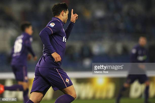 Mauro Zarate ACF Fiorentina celebrates a opening goal during the Serie A match between SS Lazio and ACF Fiorentina at Stadio Olimpico on December 18...