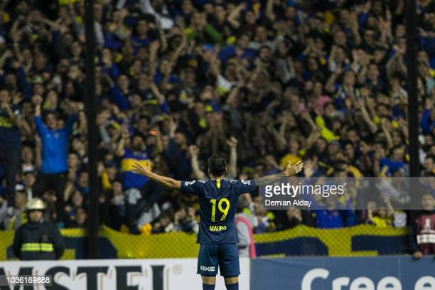 Mauro Zarate of Boca Juniors celebrates after scoring the first goal of his team during a Quarter Final first leg match between Boca Juniors and...