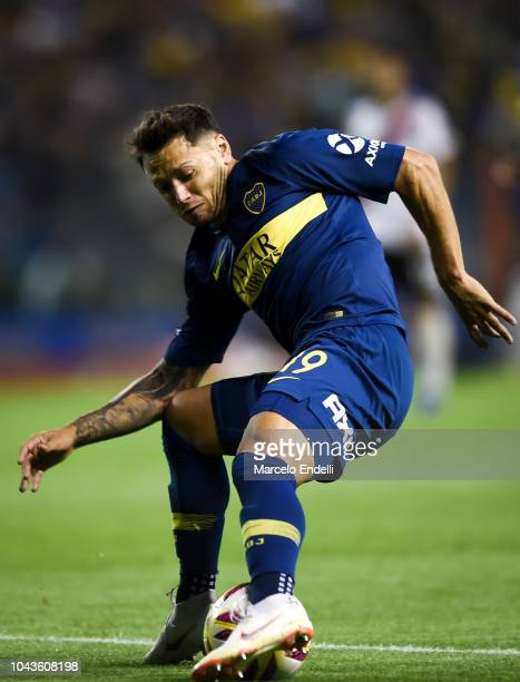 Mauro Zarate of Boca Juniors controls the ball during a match between Boca Juniors and River Plate as part of Superliga 2018/19 at Estadio Alberto J...