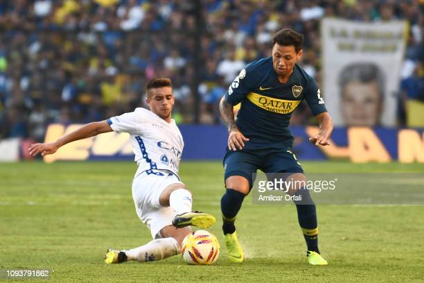 Mauro Zarate of Boca Juniors controls the ball during a match between Boca Juniors and Godoy Cruz as part of Superliga 2018/19 at Estadio Alberto J...