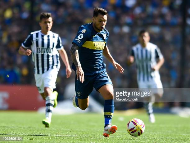 Mauro Zarate of Boca Juniors drives the ball during a match between Boca Juniors and Talleres as part of Superliga Argentina 2018/19 at Estadio...