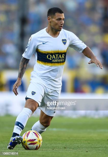 Mauro Zarate of Boca Juniors drives the ball during a match between Boca Juniors and Patronato as part of Superliga 2018/19 at Estadio Alberto J...