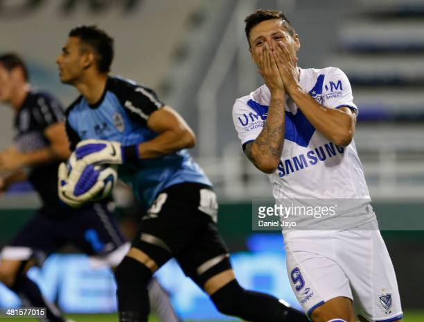 Mauro Zarate of Velez Sarsfield reacts after missing a chance to score during a match between Velez Sarsfield and Gimnasia y Esgrima La Plata as part...