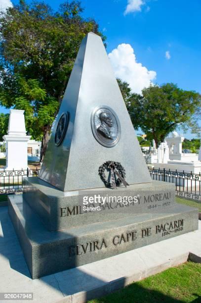 Mausoleum af familie Bacardi, Santiago de Cuba