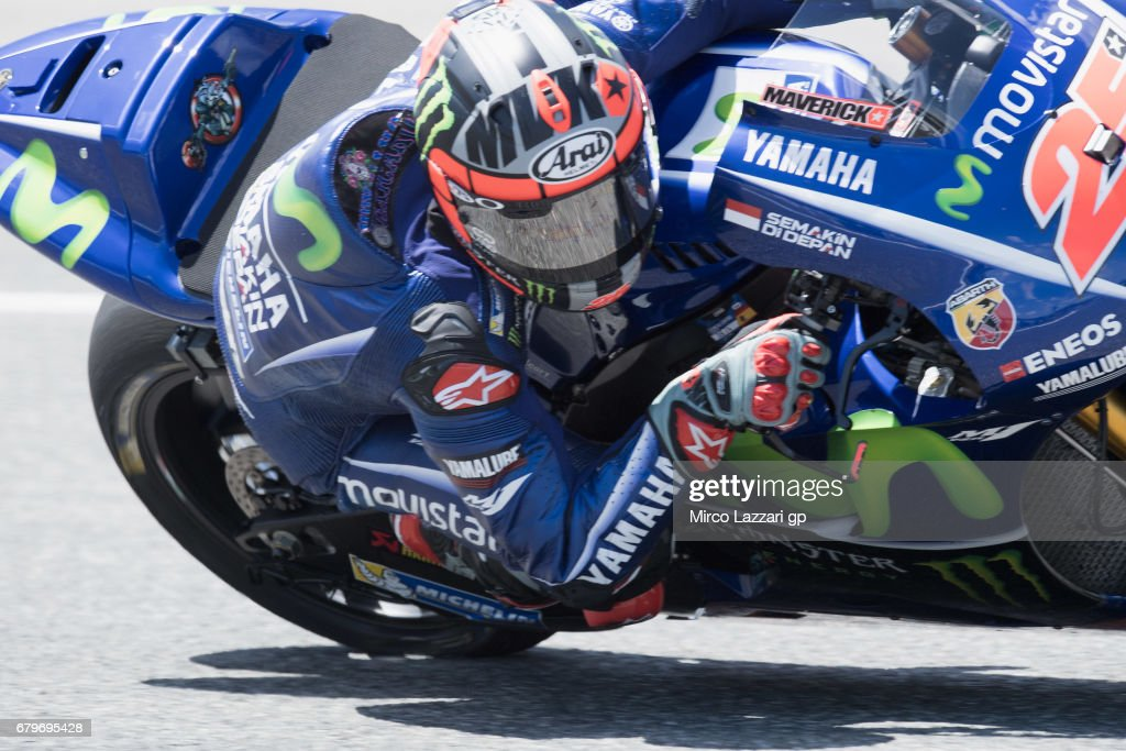 Maverick Vinales of Spain and Movistar Yamaha MotoGP rounds the bend during the MotoGp of Spain - Qualifying at Circuito de Jerez on May 6, 2017 in Jerez de la Frontera, Spain.