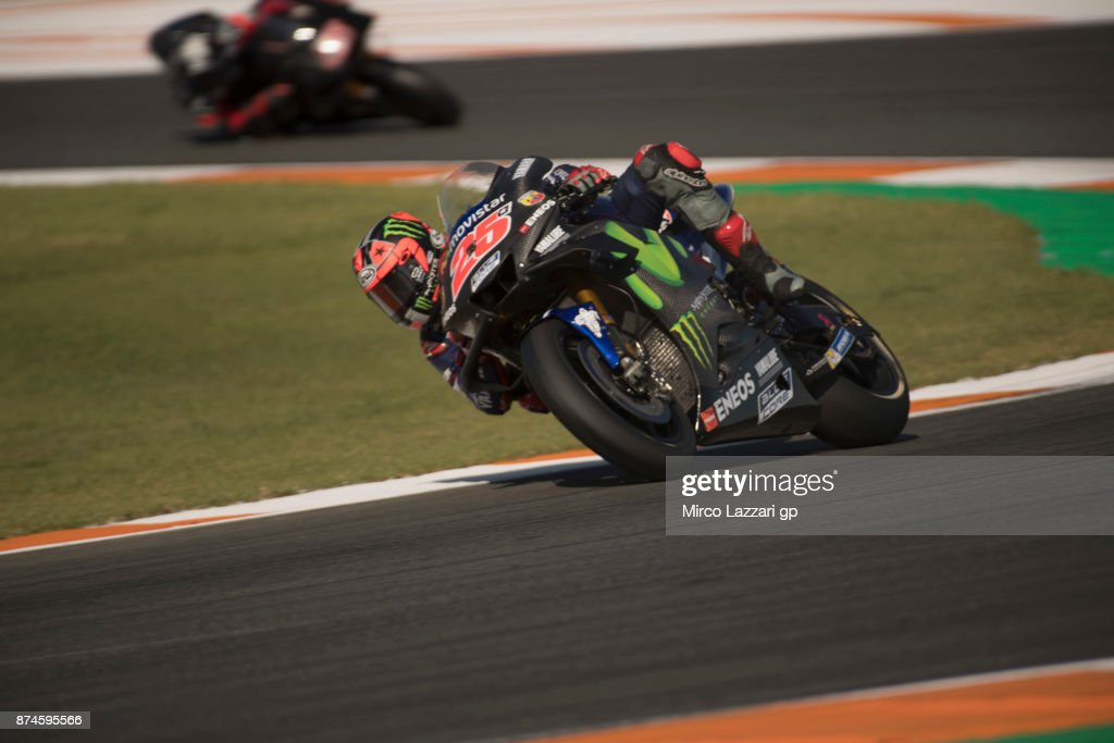 Maverick Vinales of Spain and Movistar Yamaha MotoGP rounds the bend during the MotoGP Tests In Valencia day 2 at Comunitat Valenciana Ricardo Tormo Circuit on November 15, 2017 in Valencia, Spain.