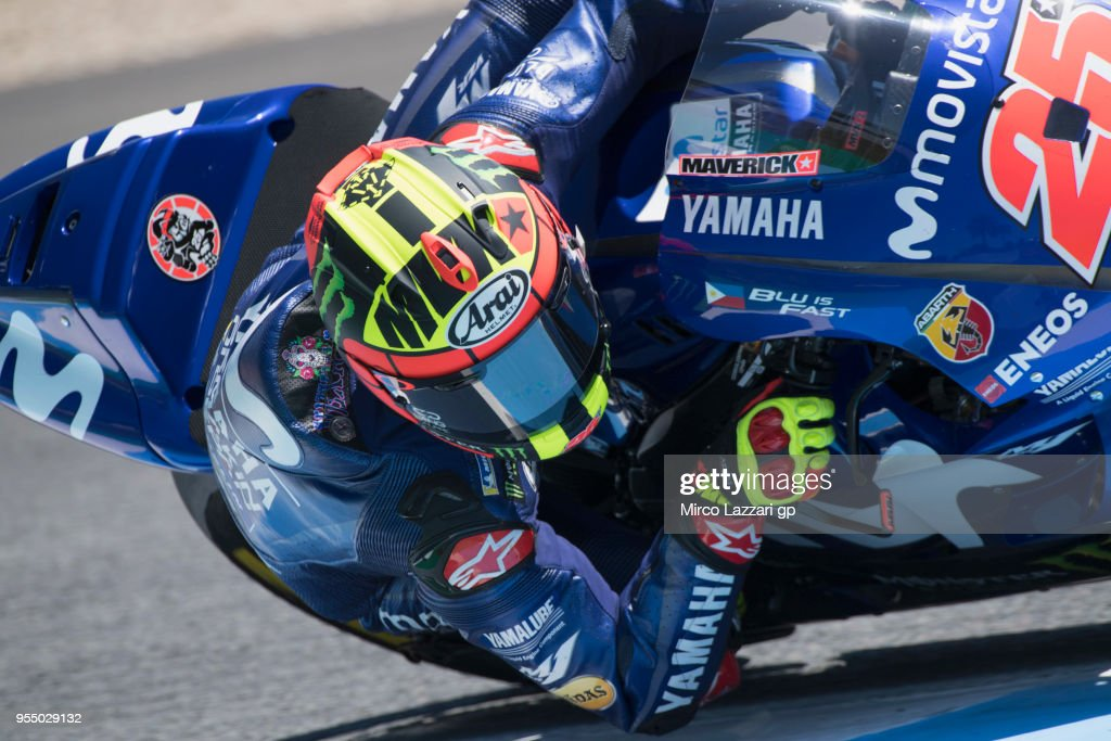 Maverick Vinales of Spain and Movistar Yamaha MotoGP rounds the bend during the qualifying practice during the MotoGp of Spain - Qualifying at Circuito de Jerez on May 5, 2018 in Jerez de la Frontera, Spain.