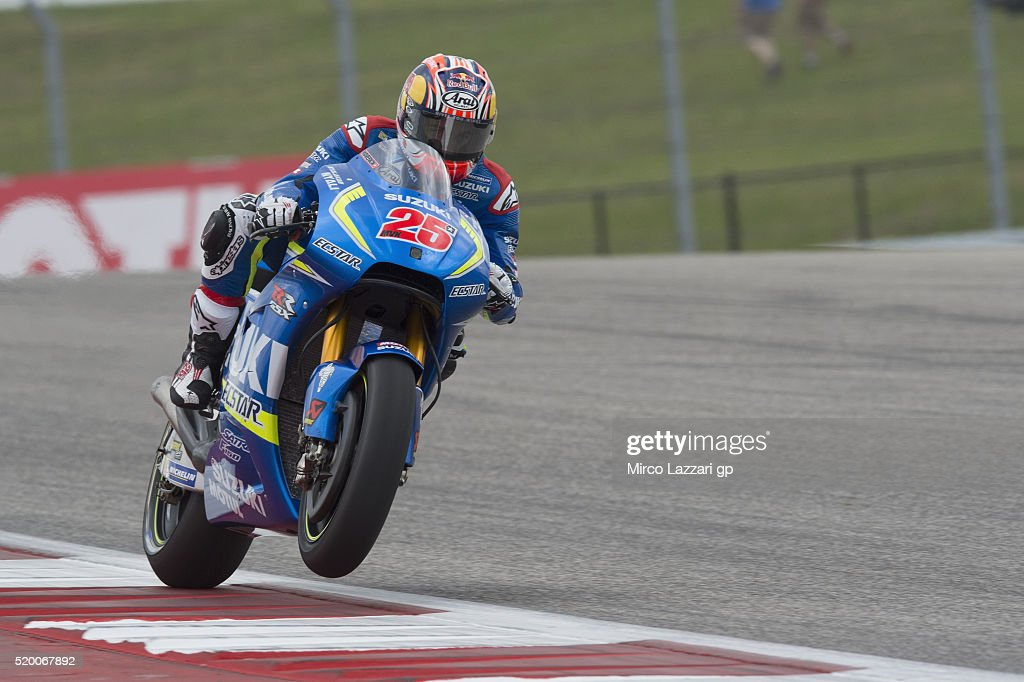Maverick Vinales of Spain and Team Suzuki ECSTAR heads down a straight during the MotoGp Red Bull U.S. Grand Prix of The Americas - Qualifying at Circuit of The Americas on April 9, 2016 in Austin, Texas.