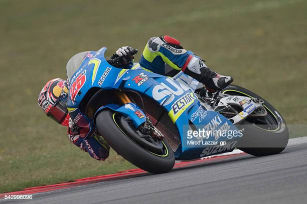 Maverick Vinales of Spain and Team Suzuki ECSTAR rounds the bend during the qualifying practice during the at MotoGP Netherlands Qualifying on June...
