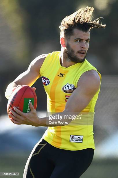Maverick Weller of the Saints looks to pass the ball during a St Kilda Saints AFL training session at Trevor Barker Beach Oval on June 20 2017 in...