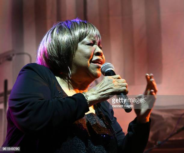 Mavis Staples performs on stage during Gordon Parks Foundation 2018 Awards Dinner Auction at Cipriani 42nd Street on May 22 2018 in New York City