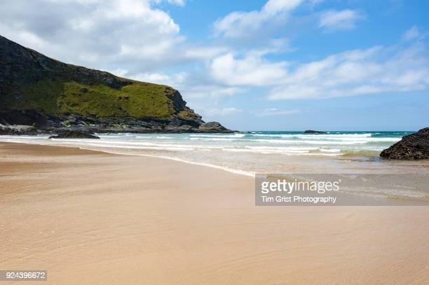 Mawgan Porth Beach and Cliffs