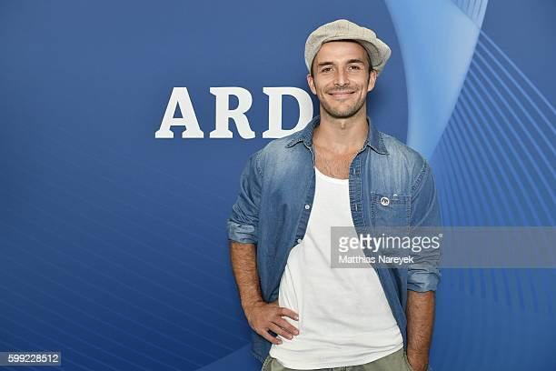 Max Alberti visits the ARD stand at 2016 IFA tech fair on September 2 2016 in Berlin Germany